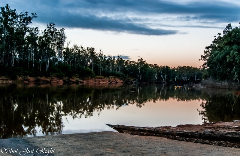 Murray River late evening from East boat ramp